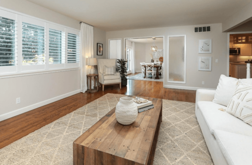 Staging a vacant home for sale